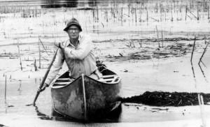 p14-Paul-Errington-Paddling-Canoe